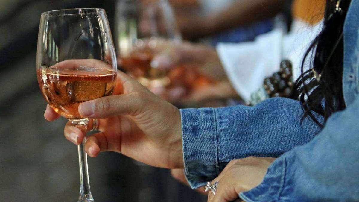 Is Alcohol Good for You? Benefits and Risks